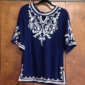 Tops - Blue Top Medium with accents